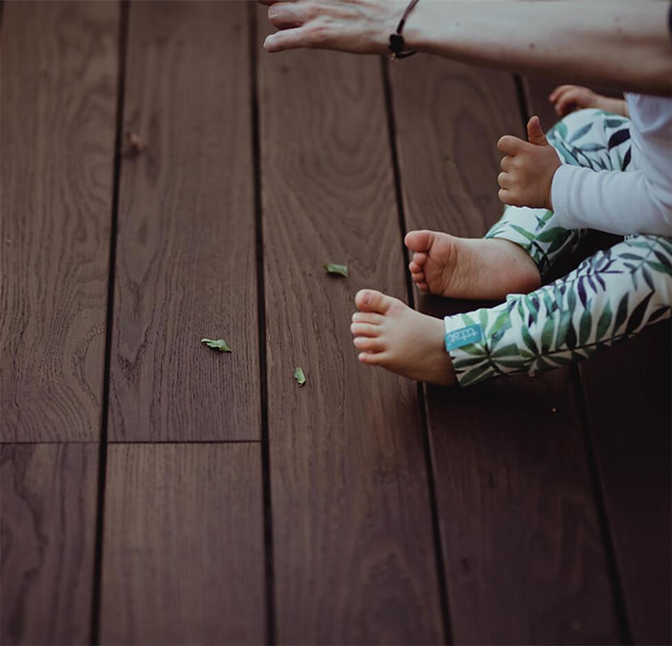 אריחי דק למרפסת